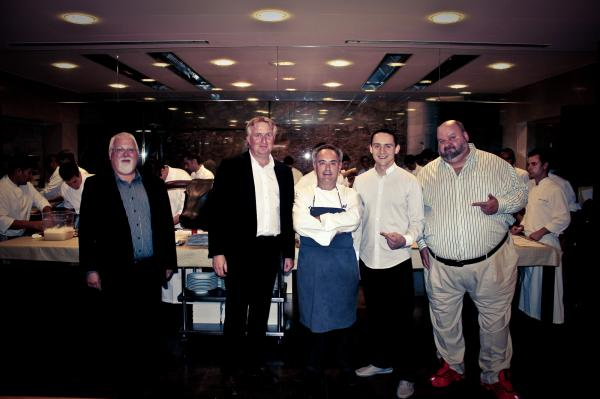 avec Ferran ADRIA, chef de EL BULLI (avec Antoine Petrus et Vincent Avril du Clos des Papes)